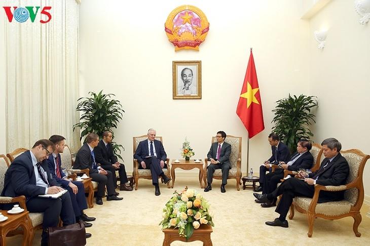 Vietnam y Polonia fomentan la cooperación educativa, científica y tecnológica - ảnh 1