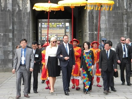 Crown Prince of Norway wraps up official visit to Vietnam - ảnh 1