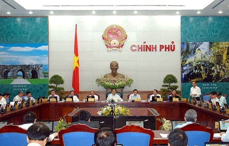 Monthly government meeting for May opens - ảnh 1