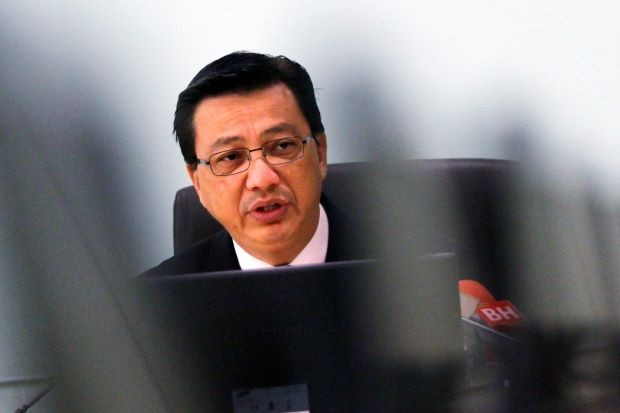 Malaysia transport chief optimistic in locating MH370 - ảnh 1