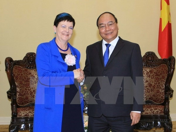 Deputy PM meets with UK Parliamentary Under-Secretary of State - ảnh 1