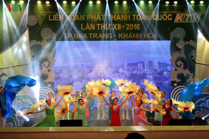 12th National Radio Broadcasting Festival closes - ảnh 1