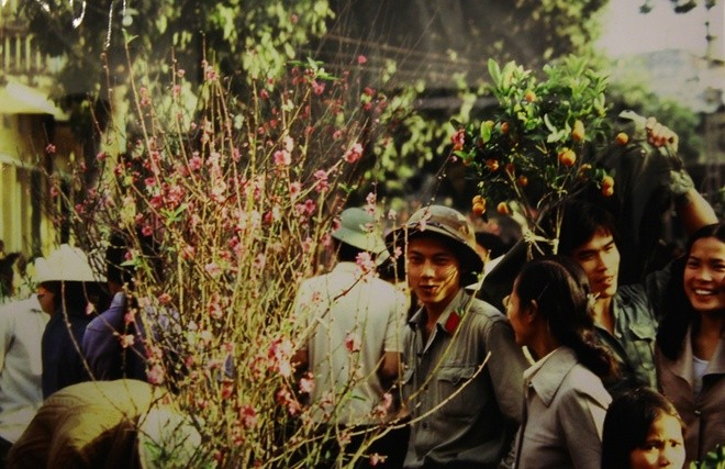 """Vietnam in 1980s"" through lens of a former French reporter - ảnh 3"