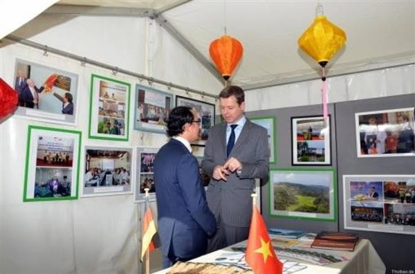 Vietnam's cooperation achievements introduced in Germany - ảnh 1