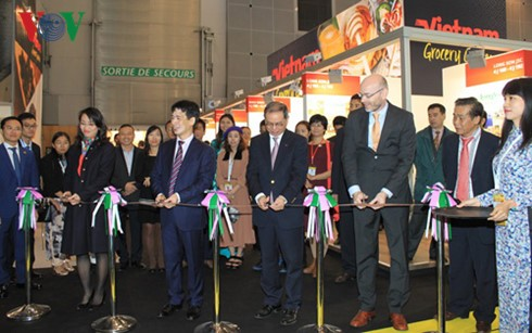 Vietnam attends the world's largest food fair in Paris - ảnh 1
