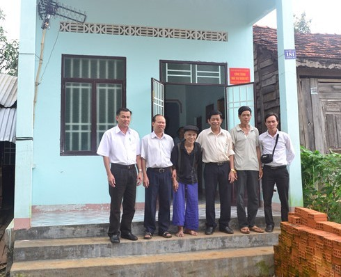 Communal fund builds houses for the poor - ảnh 1