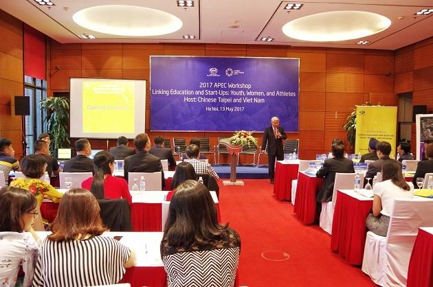 APEC SOM2 discusses trade facilitation, human resource development - ảnh 2