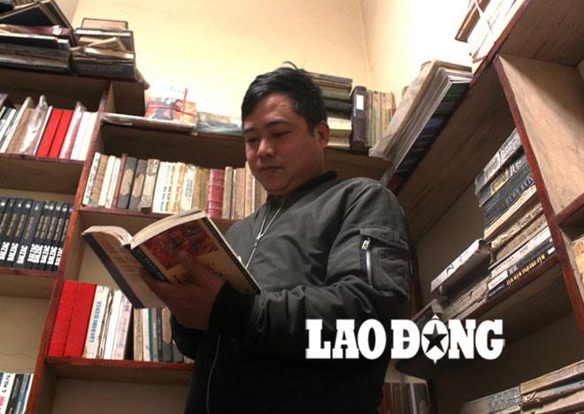 Old book collectors preserve and promote books  - ảnh 1