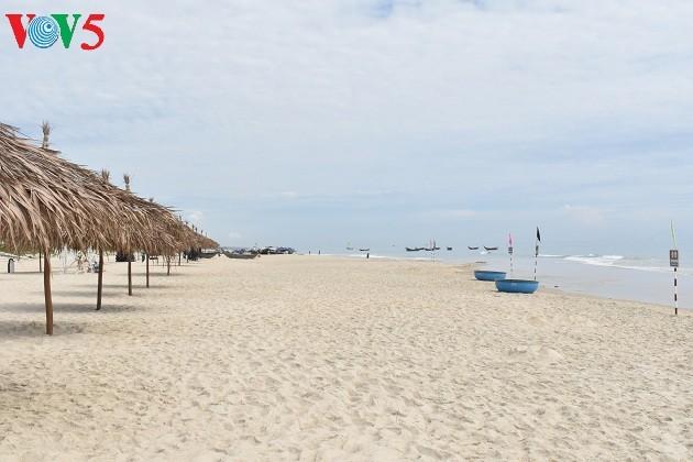 Quang Nam taps potential of coastal economic zones  - ảnh 1