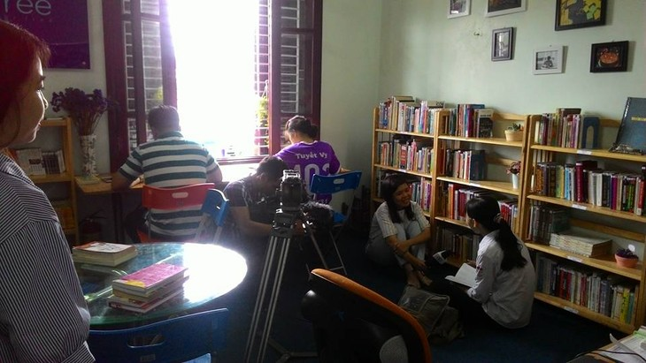Bfree library boosts reading habit - ảnh 1