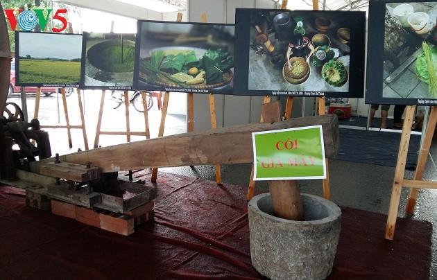 Me Tri green sticky rice, a specialty of Hanoi - ảnh 2