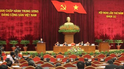 第11期ベトナム共産党中央委員会第5回総会が継続 - ảnh 1