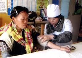 米慈善団体、イエンバイ省の診療所改修を補助 - ảnh 1
