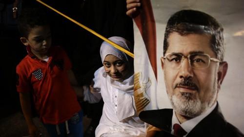 エジプト暫定政権、モルシ派に妥協案 欧米にらみ対話姿勢  - ảnh 1