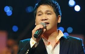 男性歌手チュォンタンの歌声 - ảnh 1