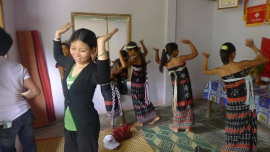 コトゥ族の伝統文化の保存 - ảnh 1
