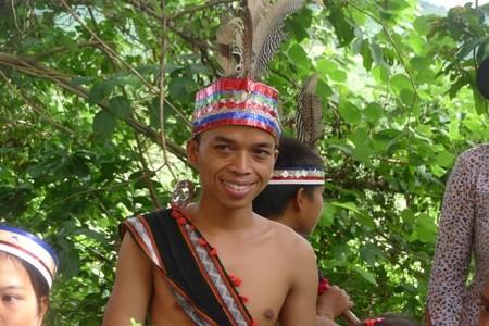コトゥ族の伝統文化の保存 - ảnh 3
