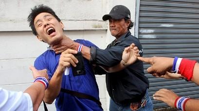 タイ、反政府デモ指導者が銃撃で死亡 - ảnh 1