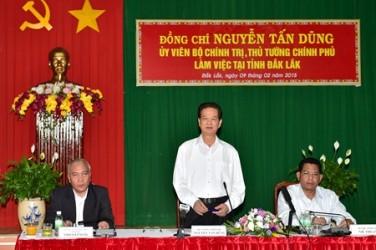 ズン首相、ダック・ラク省の指導部と会合 - ảnh 1