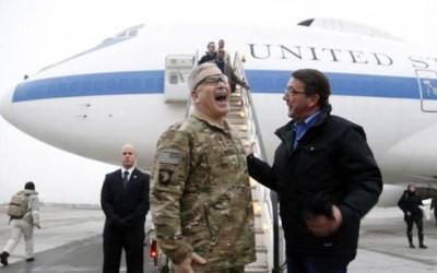 アフガンを電撃訪問、米国防長官 - ảnh 1