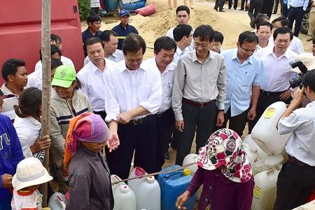 グェン・タン・ズン首相、ニントゥアン省の干ばつ対策を視察 - ảnh 1