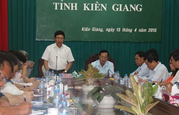 キエンザン省、カンボジア国境で標識の設置 - ảnh 1