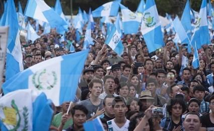 グアテマラで大統領選=汚職で混乱、決選投票の公算 - ảnh 1