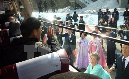 韓国と朝鮮、離散家族再会で合意 10月に実施へ - ảnh 1