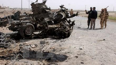 アフガン東部で自爆攻撃、10人死亡35人負傷 - ảnh 1