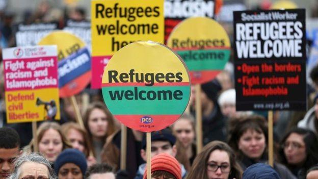 EU・トルコ、不法移民送還合意に批判の声も - ảnh 1