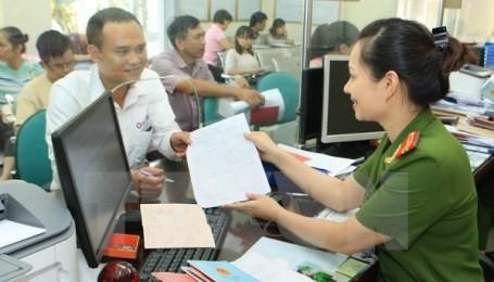 国家機関のサービスに人民の満足度を評定する協力プログラム - ảnh 1