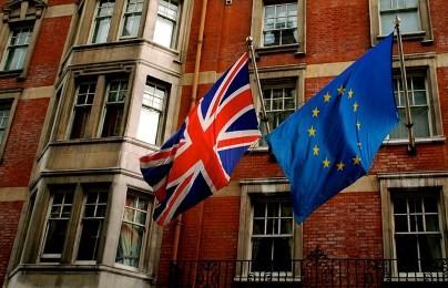 英国、EU離脱ならGDP7・7%減少 OECD事務総長 残留を訴え - ảnh 1