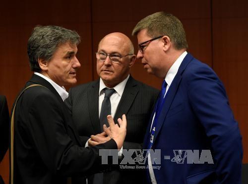 EU、ギリシャの債務軽減策協議 月内合意目指す  - ảnh 1