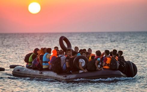 中東などからギリシャに到着した難民の数、9割減 - ảnh 1