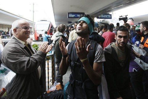 ドイツ、難民収容施設への放火が増加 警察発表 - ảnh 1