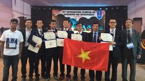 ベトナム、第10回国際天文学・天体物理学オリンピックに参加 - ảnh 1