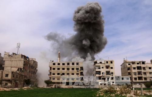 米軍がシリア アサド政権へミサイル攻撃 ロシアは強く反発 - ảnh 1