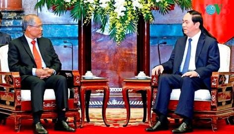 クアン国家主席、シンガポールの環境水資源大臣と会見 - ảnh 1