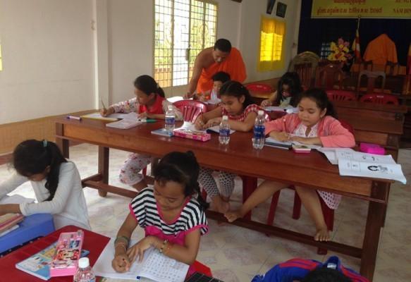 クメール語を教える取り組み - ảnh 3