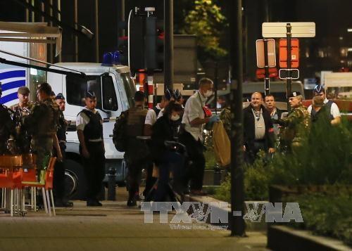 ベルギー ナイフ男に兵士襲われけが 男を射殺 テロか - ảnh 1