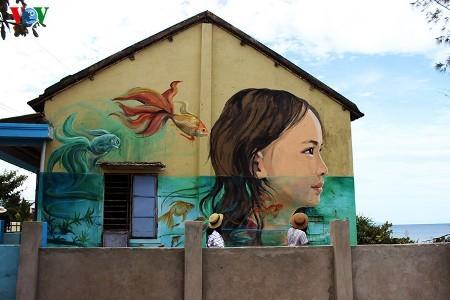 タムタイン壁画村 - ảnh 2
