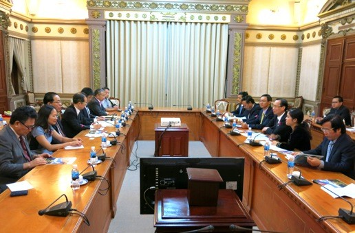 ホーチミン市、ハンガリーと日本との協力を強化 - ảnh 1