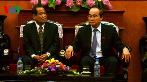 加强越柬两国阵线组织间的合作 - ảnh 1