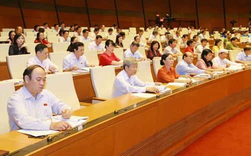 越南国会通过2016年国家财政预算决议并讨论《航海法》 - ảnh 1