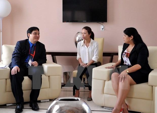 越南胡志明共青团代表团访问古巴 - ảnh 1