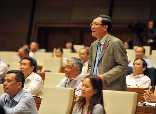 越南13届国会10次会议质询和回答质询活动进入第二天 - ảnh 1