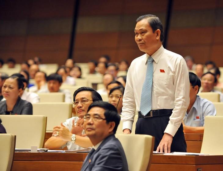 越南13届国会10次会议质询与回答质询活动结束 - ảnh 1