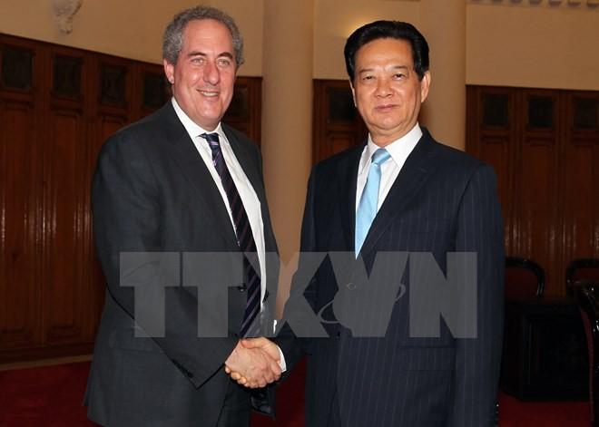 阮晋勇会见美国贸易代表弗罗曼 - ảnh 1