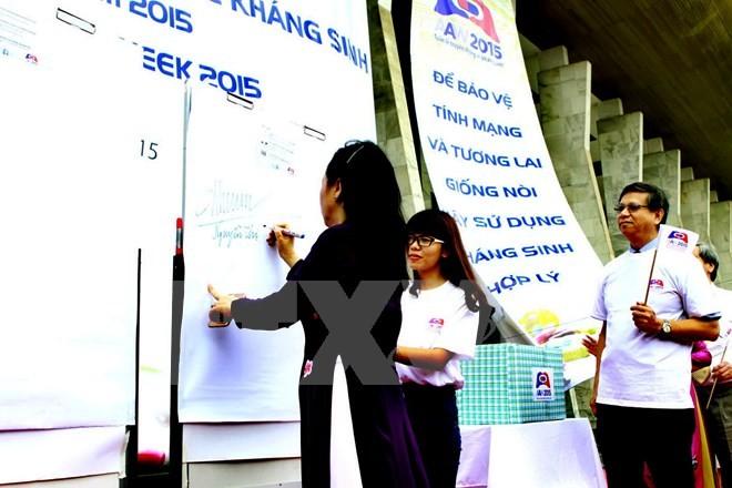 预防抗药性周响应集会在河内举行 - ảnh 1