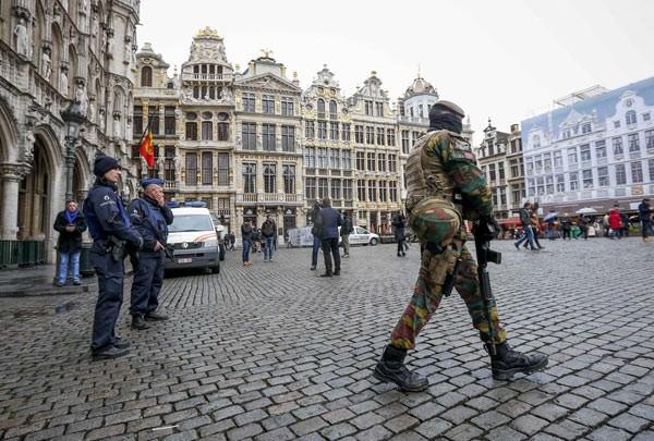 比利时继续维持高级别反恐警戒 - ảnh 1